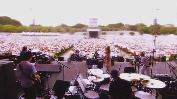 やさしさで溢れるように / 櫻井和寿×JUJU with Bank Band LIVE